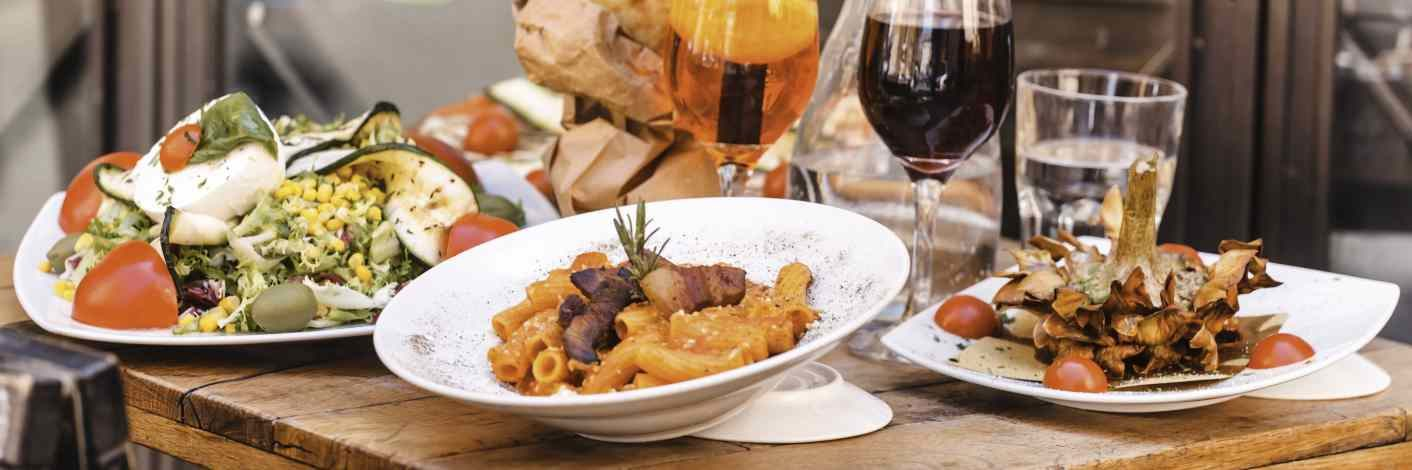 Mediterrane Gerichte zur Auswahl