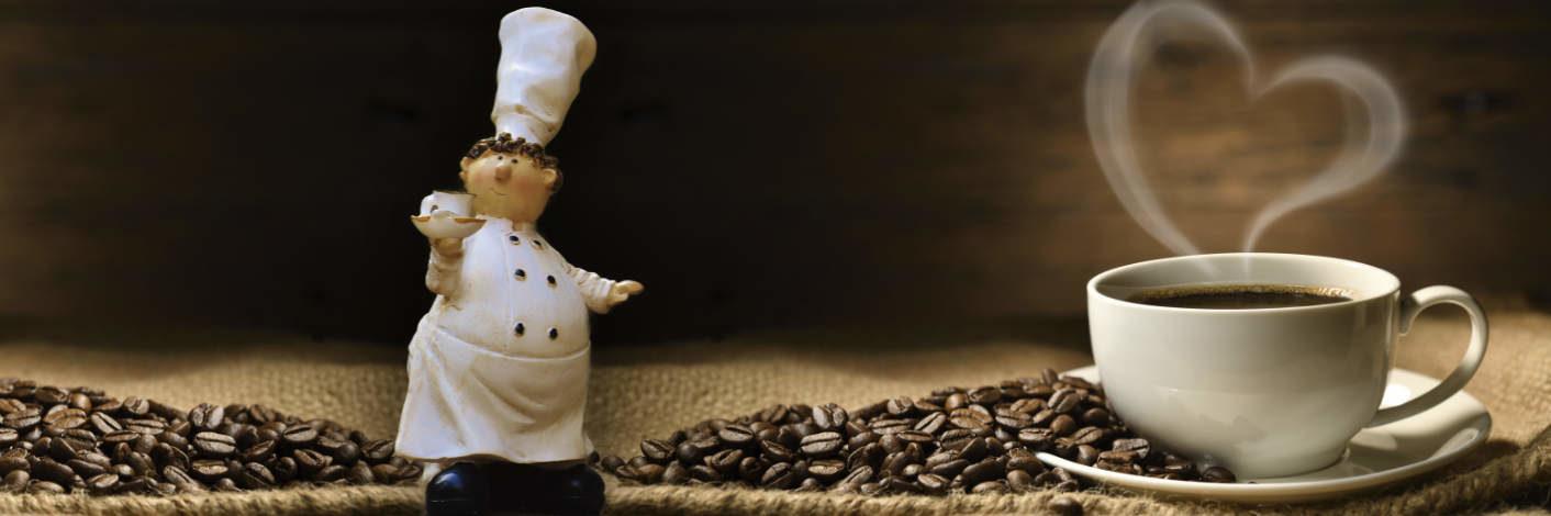 Eine leckere Tasse Kaffee im la Piazza genießen